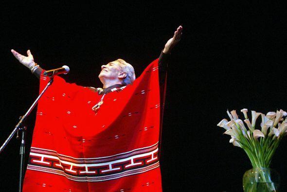 Chavela Vargas  Cantante mexicana nacida en Costa Rica fue conocida esp...