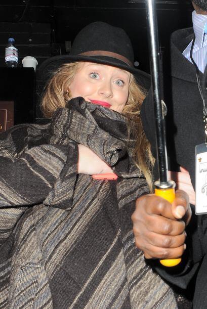 ¡Qué carita, Adele! La británica salió muy feliz de un show de Prince, p...