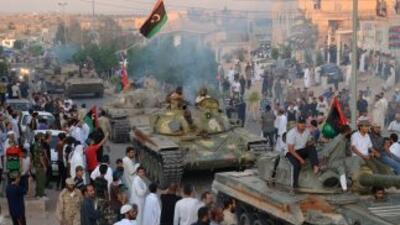 Libia es escenario desde mediados de febrero de una revuelta contra Gada...