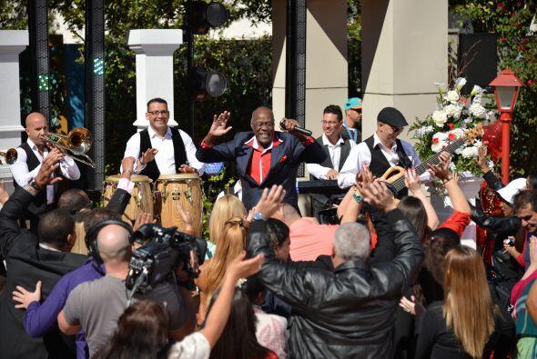 El rey del merengue, Johnny Ventura nos puso a bailar después de la boda.