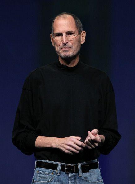 6. Steve Jobs: Famoso por ser co-fundador de Apple y ser el máximo accio...