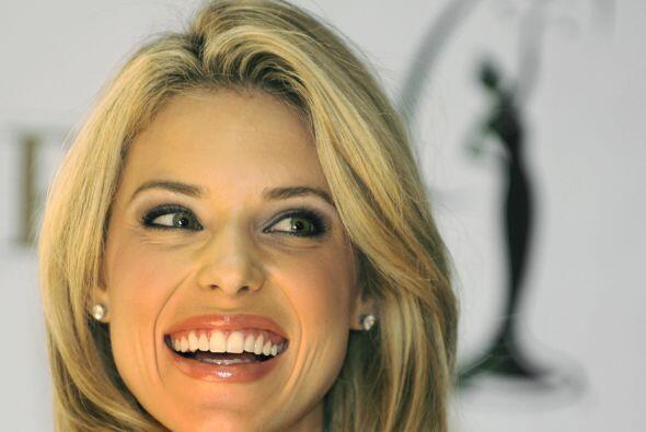 Carrie Prejean, Miss California 2009 fue despojada de la corona porque s...