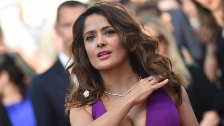 Salma acudió a la presentación de una cinta en Cannes.