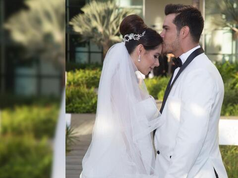 Brandon Peniche y su esposa Kristal Cid