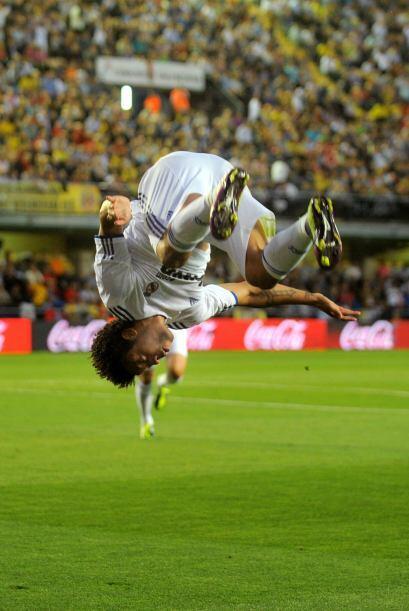 Deberían aprender a Marcelo del Real Madrid, que tras su gol ante Villar...