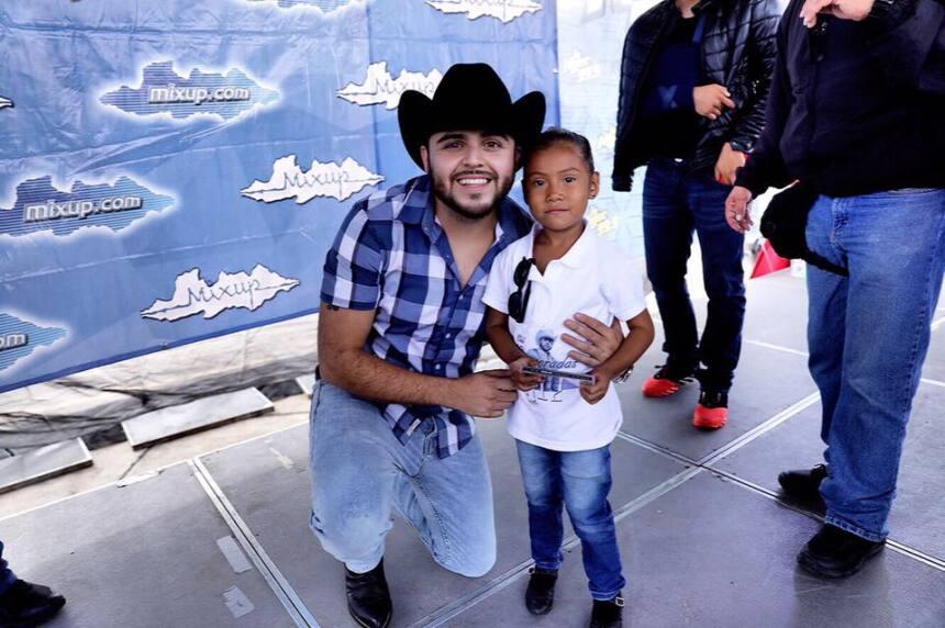 Gerardo Ortiz provocó tumultos esta semana en su recorrido por León, Eca...
