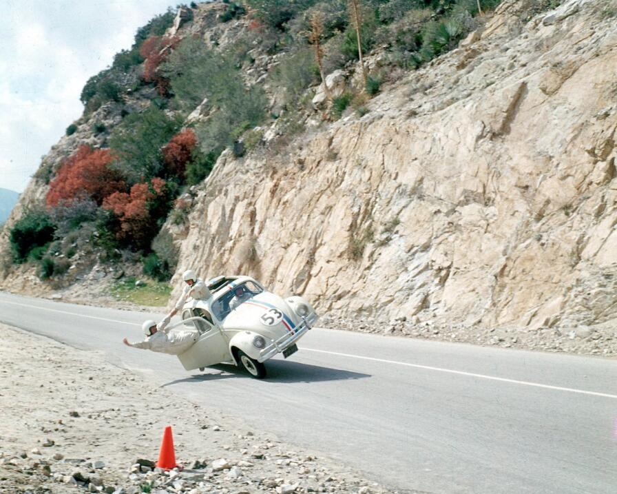 La fascinante historia del primer Volkswagen MV5BMTQwNDg1ODA2OV5BMl5BanB...