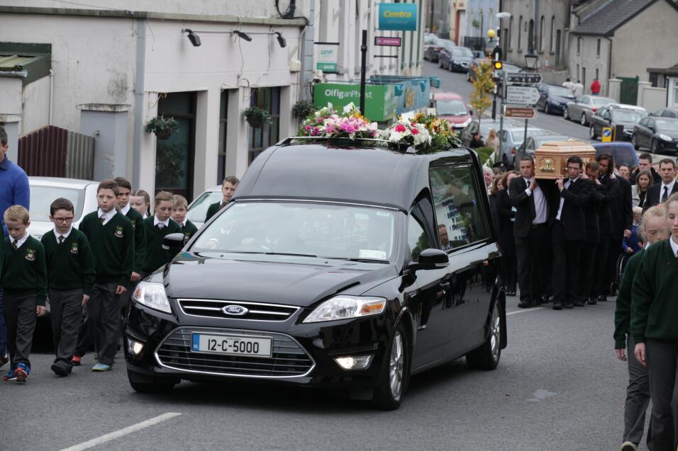 Imágenes del funeral de Cathriona White