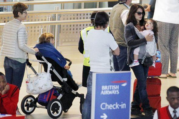 Recientemente fue captada arribando al aeropuerto de Cape Town de Sudáfr...