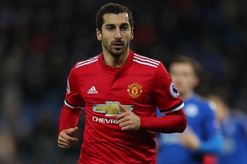 El armenio Henrikh Mkhitaryan podría salir del Manchester United en busc...