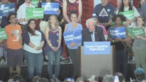 Bernie Sanders asegura que seguirá luchando por trabajadores e inmigrantes