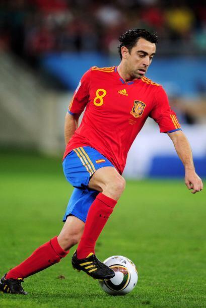 A sus 34 años, el español ha metido 69 goles y es centrocampista del FC...