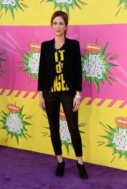 Kristen Wiig nos quería hacer reír con ese conjuntito tan fuera de lugar...