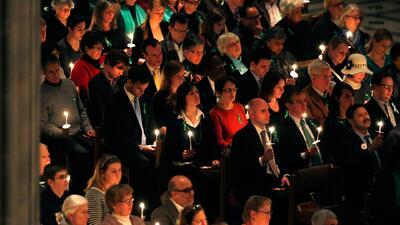 Recordando el primer aniversario de la tragedia en Newtown, Connecticut