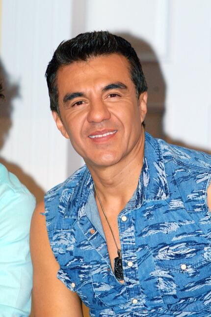 Los personajes de Adrián Uribe