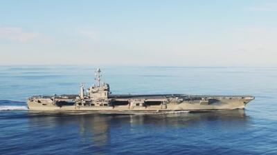 """""""Lo más difícil de mi trabajo es no estar con mi familia"""": suboficial de la Marina de EEUU"""