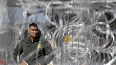 Caos en Tijuana tras el cierre sorpresivo del paso fronterizo más transitado del mundo