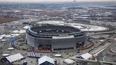 Miles vigilarán el Super Bowl por aire, mar y tierra