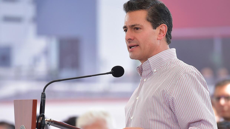 Presidente Peña Nieto niega que su gobierno esté espiando periodistas