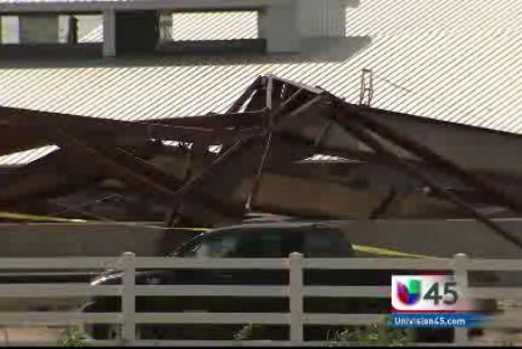 Cuatro trabajadores de construcción resultaron heridos tras el colapso d...