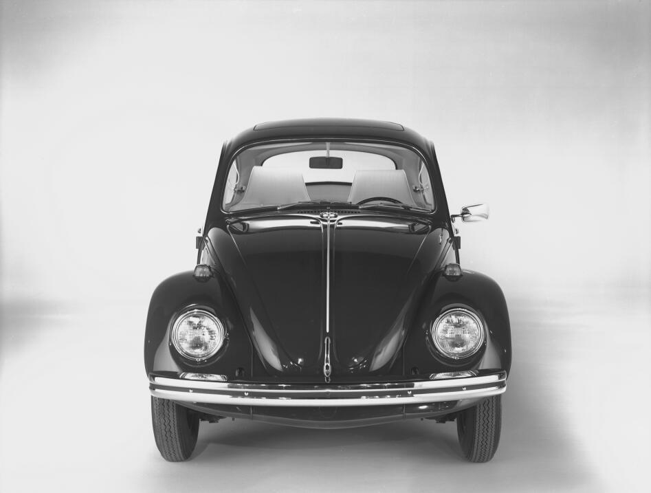 La fascinante historia del primer Volkswagen 1968 historic_beetle_3300 (...