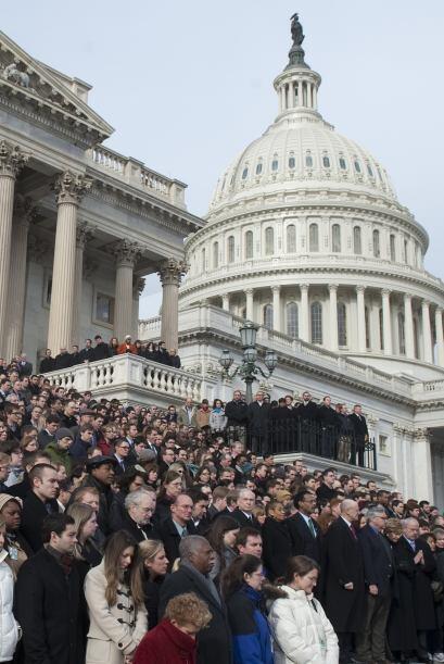 En el capitolio de Washington se congregaron cientos de personas que lam...