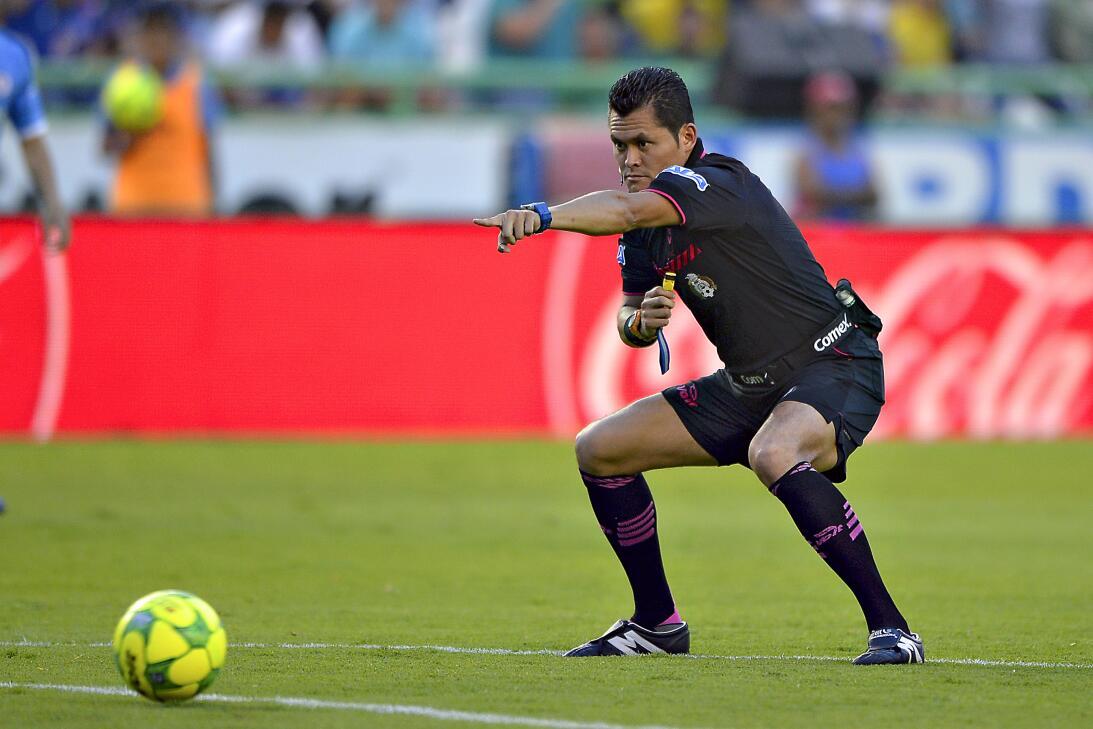 Cruz Azul cerró el torneo en León sin 'cruzazulearla' Jorge Antonio Pere...