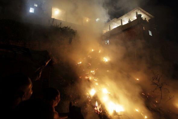 El carnaval de Río de Janeiro, el más famoso del mundo, se ve opacado po...