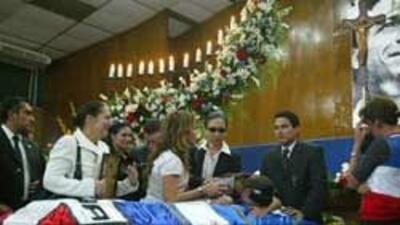 Funeral de los tres diputados salvadoreños asesinados en Guatemala.