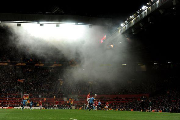 Old Trafford estuvo lleno de fanáticos.