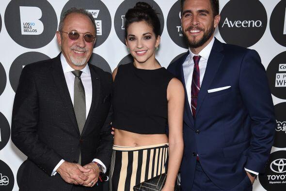 Emilio Estefan con Ana Villafane y Josh Segarra