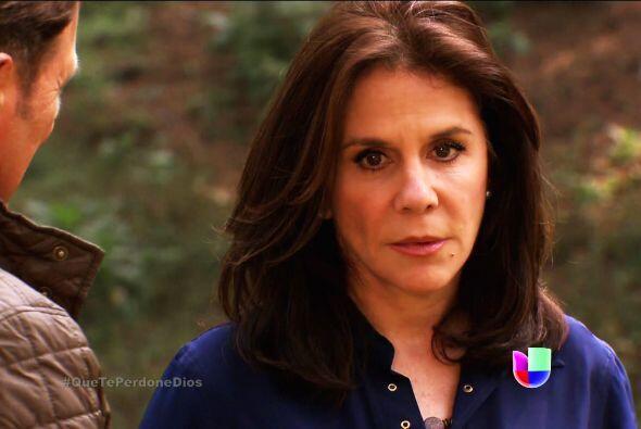 Ya te vimos muy romántica con el doctor Patricio, Renata.
