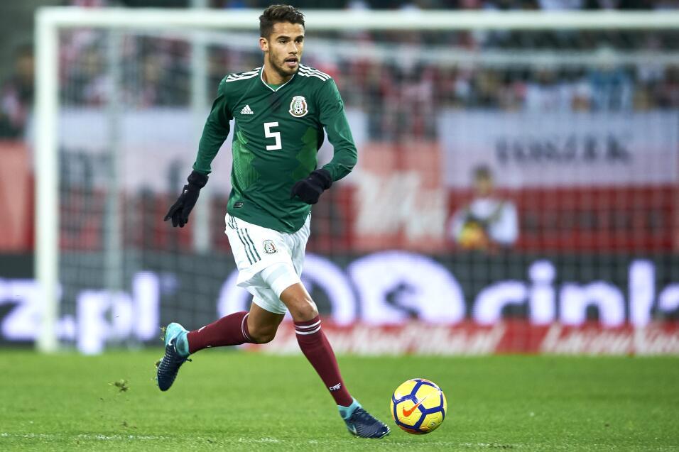 Diego Reyes (Porto) - 43 partidos jugados (20 con México) y en 34...