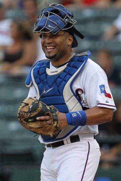 """MENCI""""N HONORÍFICA. C. Yorvit Torrealba. Rangers de Texas. El venezolano..."""