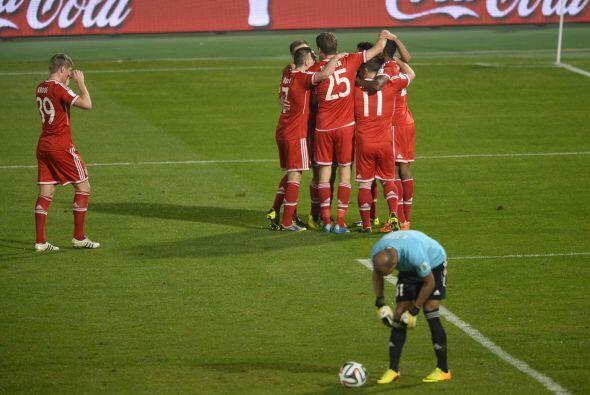Sin embargo no pudieron evitar el 2-0 al minuto 22, cuando Alaba le hizo...