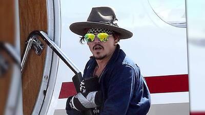 Johnny Depp se lesiona la mano