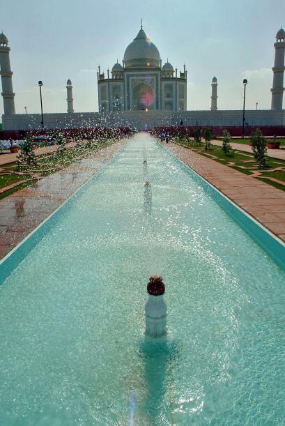 Visitar la ciudad Agra de India es un destino obligado para aquellas par...
