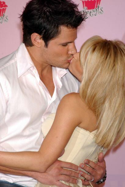 El programa narraba su primer año de casados.Mira aquí los videos más ch...
