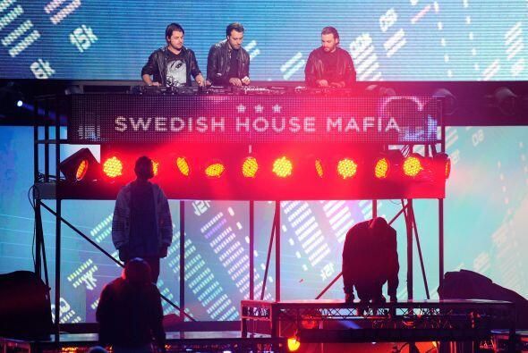 "#3 Swedish House Mafia- ""Don't You Worry Child""."