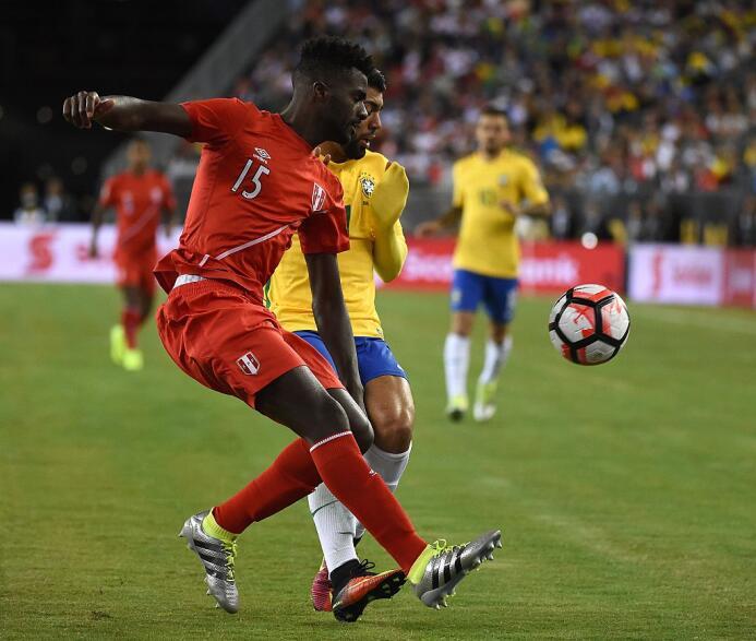 El ranking de los jugadores de Brasil vs Perú Ramos.jpg