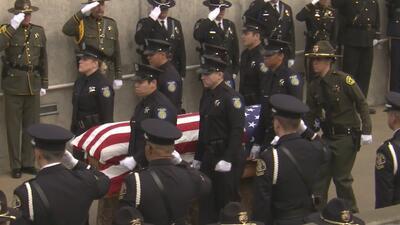Agentes y familiares despidieron a la oficial Natalie Corona en una multitudinaria ceremonia