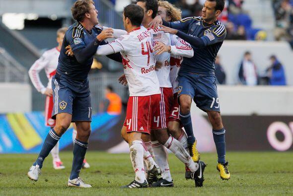 Esa situación no solo le afectó a nivel club sino que la Federación Mexi...