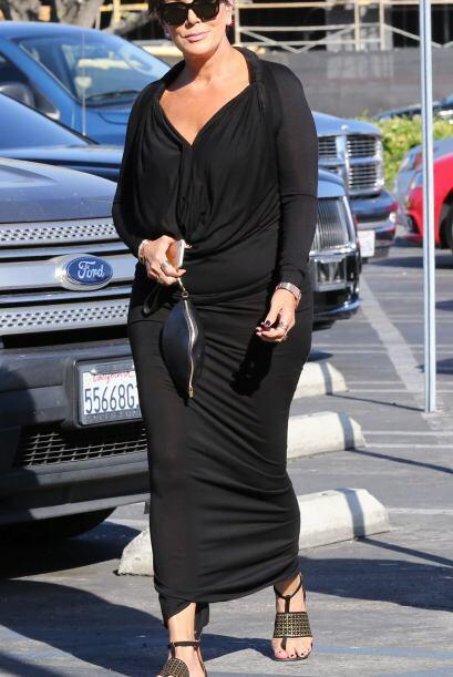 La mamá de las Kardashian salió de shopping.