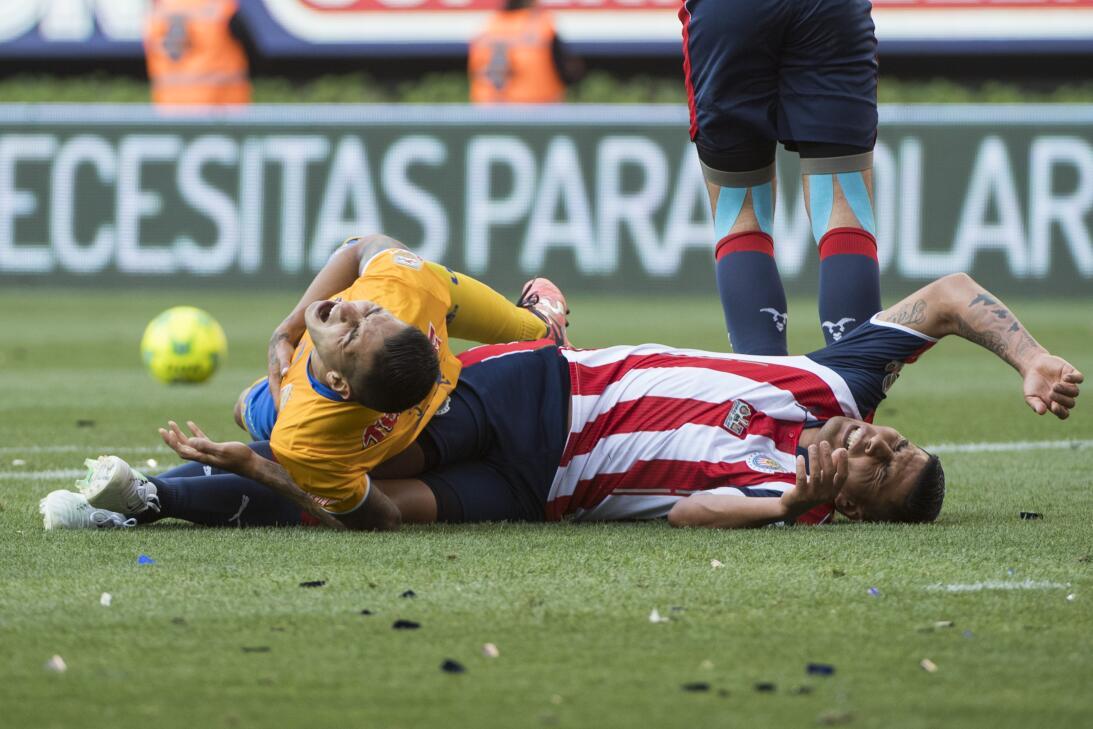 Chivas consiguió su estrella 12 tras vencer a Tigres 2-1 en la final r I...