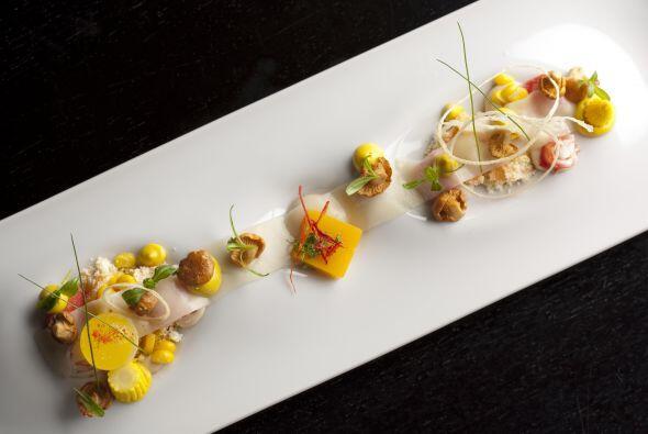 Uno de los mejores 50 restaurantes del mundo es Alinea y por supuesto qu...
