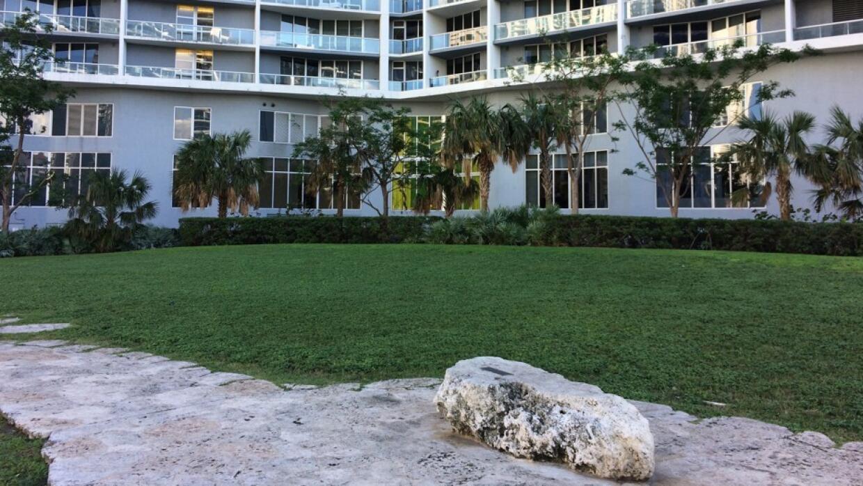 El sitio del Círculo de Miami ahora está rodeado por departamentos y hot...
