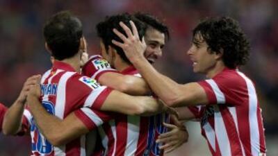 El 'Guaje' Villa y Diego Costa dieron forma a la victoria 'colchonera' s...