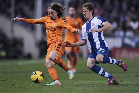 El control del medio campo: Barcelon no puede vivir sin el balón. Luka M...