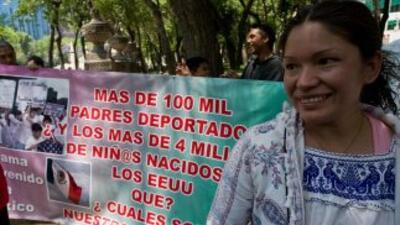 Jóvenes indocumentados preparan una marcha el 10 de marzo para demostrar...