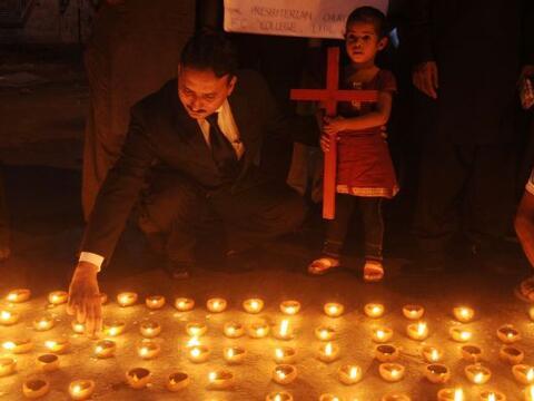 Pakistán amaneció conmocionado por la peor matanza cometid...